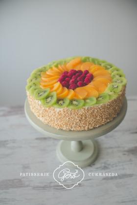 550. Gyümölcsös túrós torta