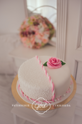 138. Marcipános torta