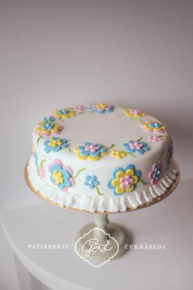 319. Marcipános torta