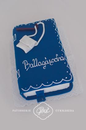 204. Könyv torta