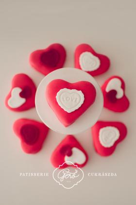 Valentin napi marcipános szív