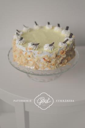 Búzalisztmentes oroszkrém torta