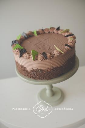 531. Habos csokis torta